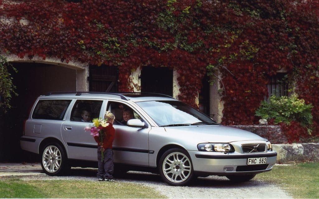 Volvo V70, Volvo, V70, cars, swededn, motoring, automotive, estate car, estate, car sales, retro car, classic car, motoring, jake belder,
