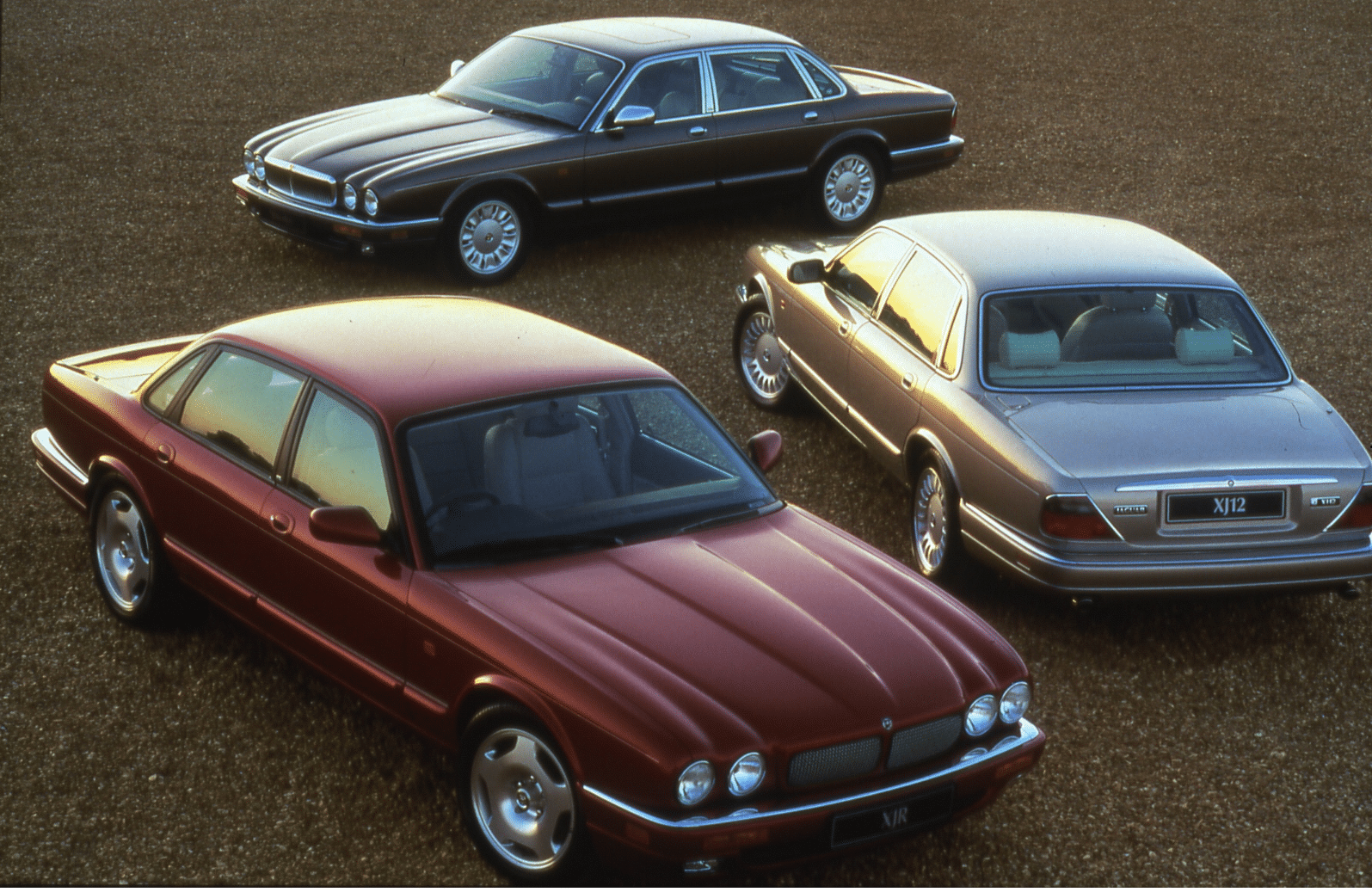 Jaguar XJ, Jaguar, XJ, XJ6, XJ8, XJR, V8 straight-six, british car, gaydon, classic car, retro car, daimler, motoring, automotive, car, cars, british classic, gangster, snatch, ebay motors, autotrader